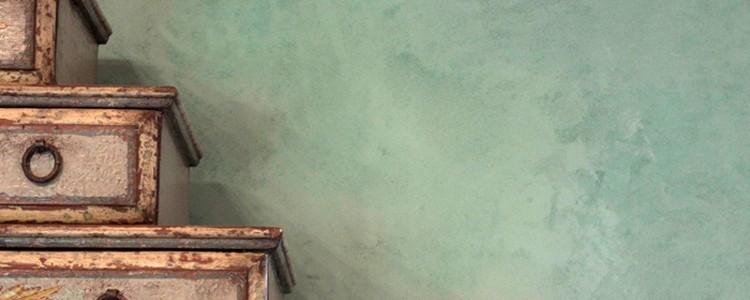 Malování stěn pomocí houby