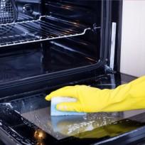 Čím vyčistit troubu