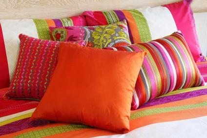 Snadnou a nenáročnou proměnu obydlí obstará nový bytový textil 39e29e0bea