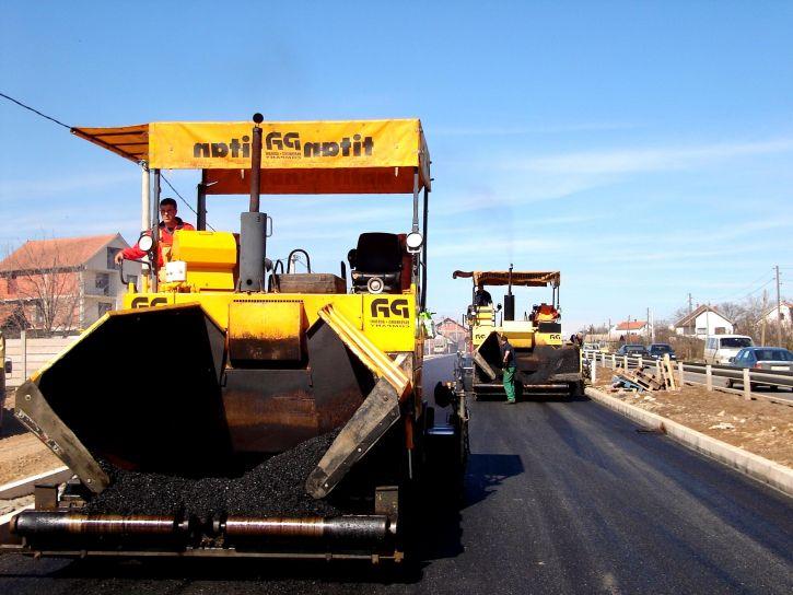 Profesionální technika na výrobu asfaltových cest