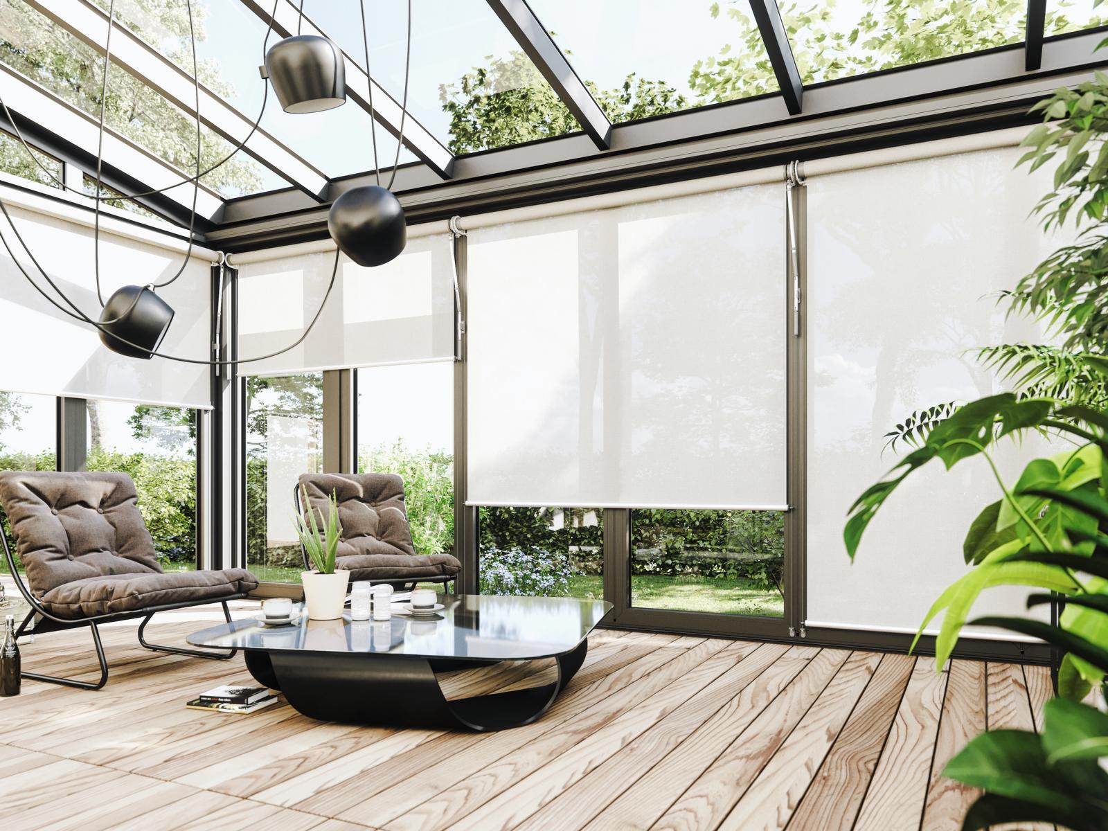 Látkové rolety se dělají na míru, třeba i pro zimní zahradu ve skandinávském stylu.