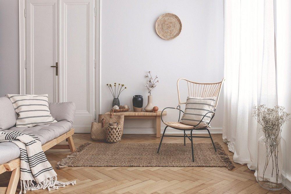 Květiny, proutí a doplňky z přírodních materiálů ozdobí vaše bydlení ve skandinávském stylu.