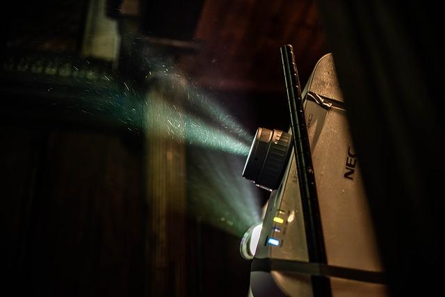 Počítejte s omezenou životností lampy projektoru