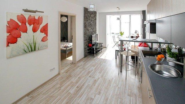 Po propojení kuchyně s obývákem bude prostor opticky větší